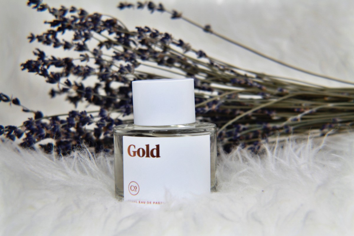 Commodity Goods Gold Perfume