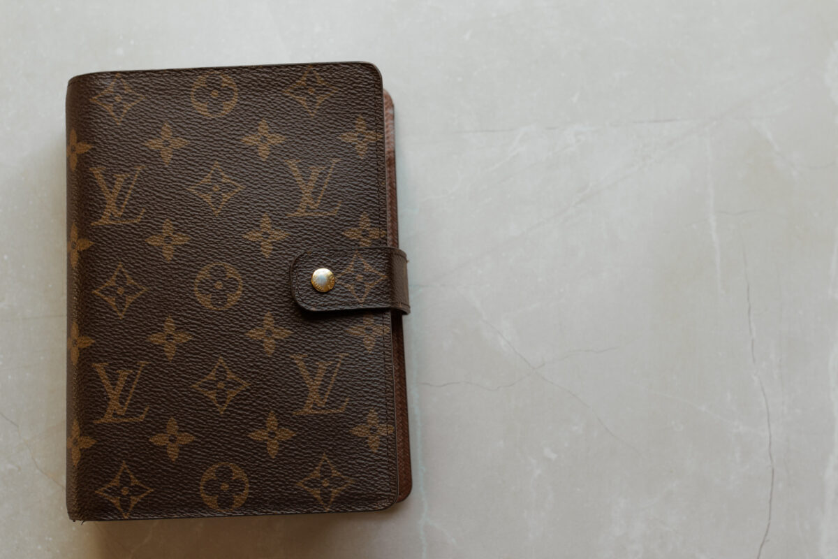 Louis Vuitton Agenda setup